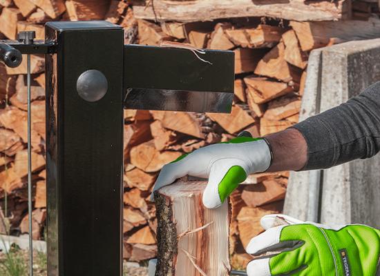 Holzspalter   AL-KO Spalter mit kräftigem Spaltkeil
